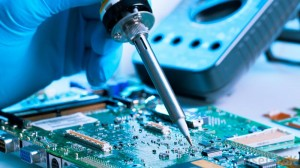 soldering-a-motherboard